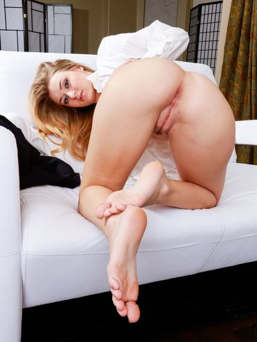Big Titted Blonde Natalia Star Shows All The Beauty Of Big Tits, Ass And Stretched Beaver
