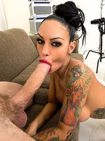 Latina Bimbo Angelina Valentine Craves For Cock In Her Mouth And Moist Cunt